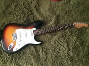 Продам гитару Fender Stratocaster